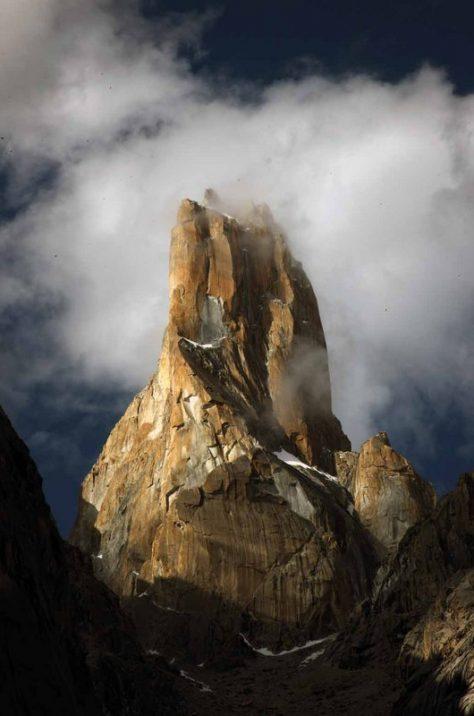 K2, Broad Peak, G I & II , Base Camps